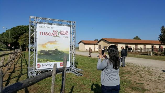 Buy Tuscany On The Road